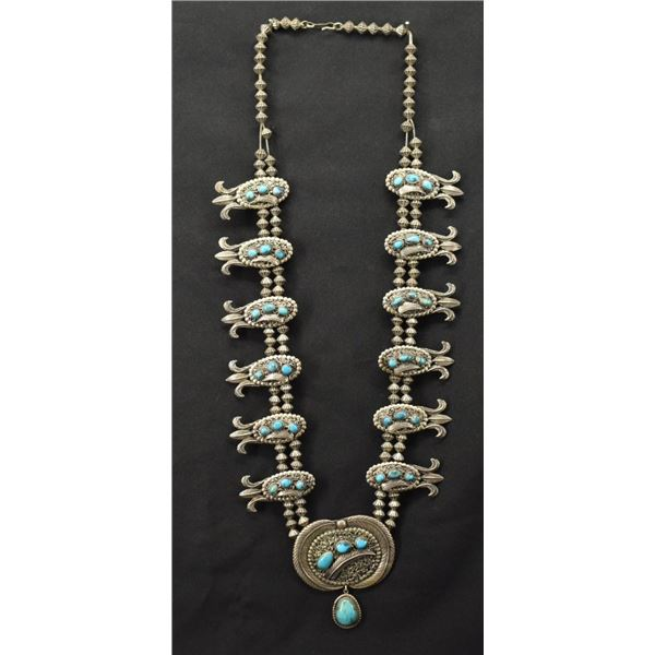 NAVAJO INDIAN NECKLACE ( CARL LUTHEY)