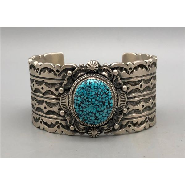 Exquisite Webbed Kingman Turquoise Bracelet