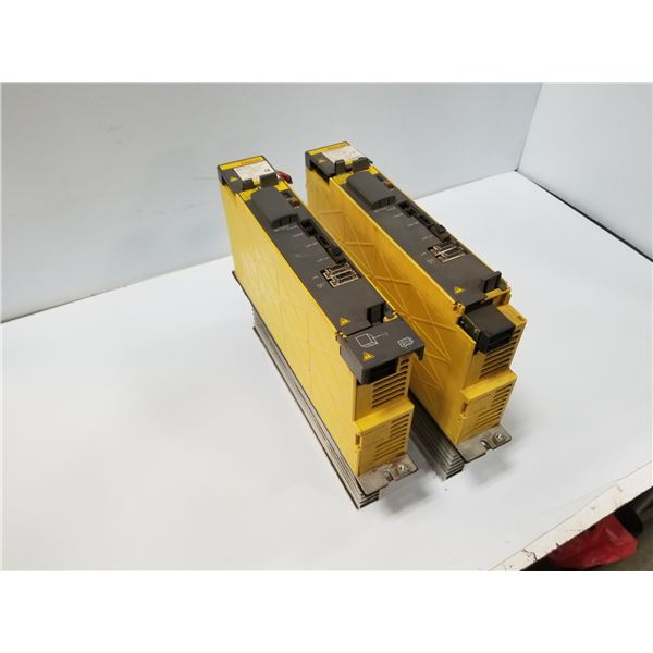(2) FANUC A06B-6114-H105 SERVO AMPLIFIER (CRACKED HOUSING) *SEE PICS FOR DETAILS*