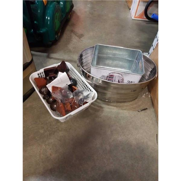 ICE BUCKET AND MOLSEN CANADIAN TIN AND TRAY OF FINIALS