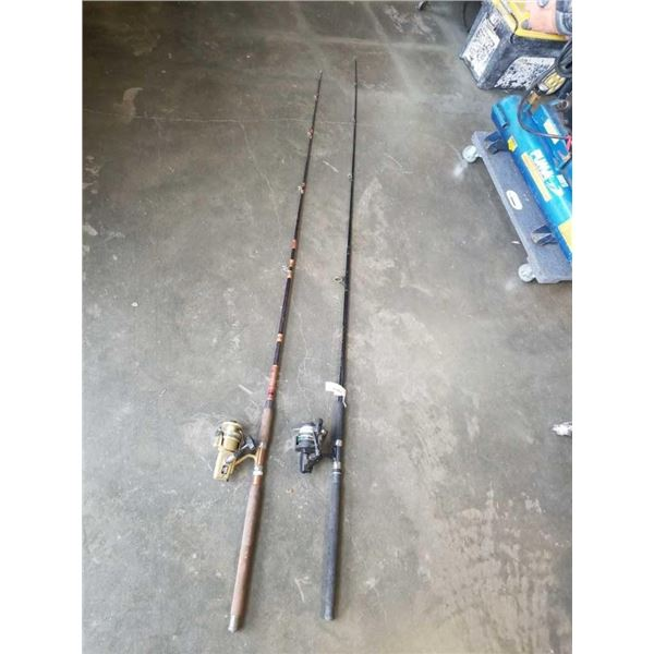 2 FISHING RODS WITH ZEBCO AND DAIWA REELS