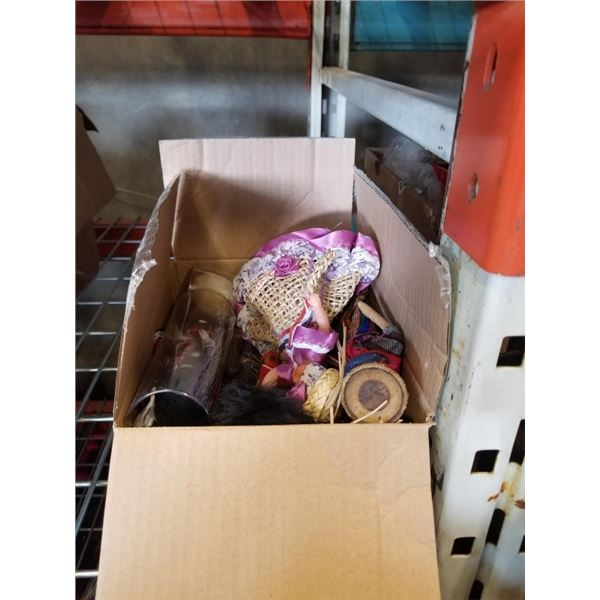 LOT OF COLLECTABLE DOLLS