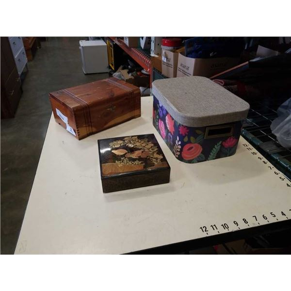 2 JEWELRY BOXES AND NESTING BOXES