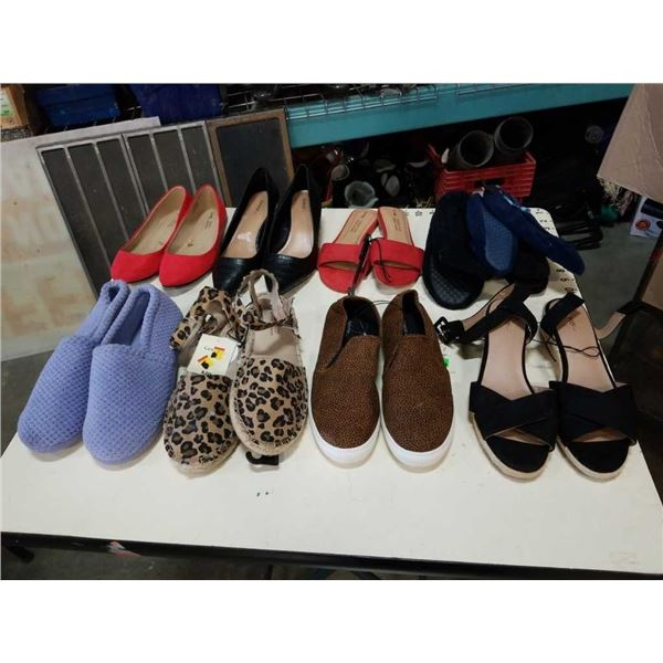 10 pairs of ladies dress shoes and slippers size 7 8 and 9