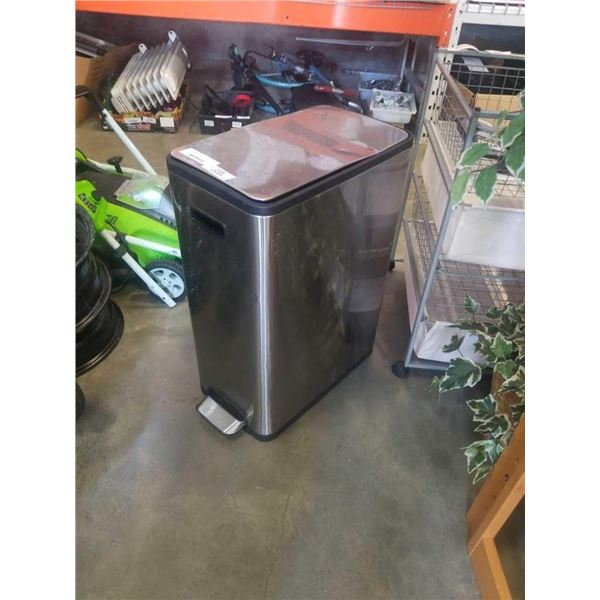 Stainless waste bin with soft close lid