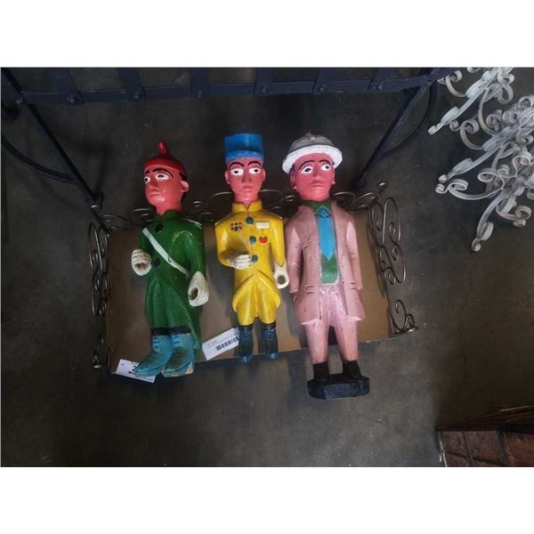 3 WOOD DOLLS AND MINIATURE BENCH
