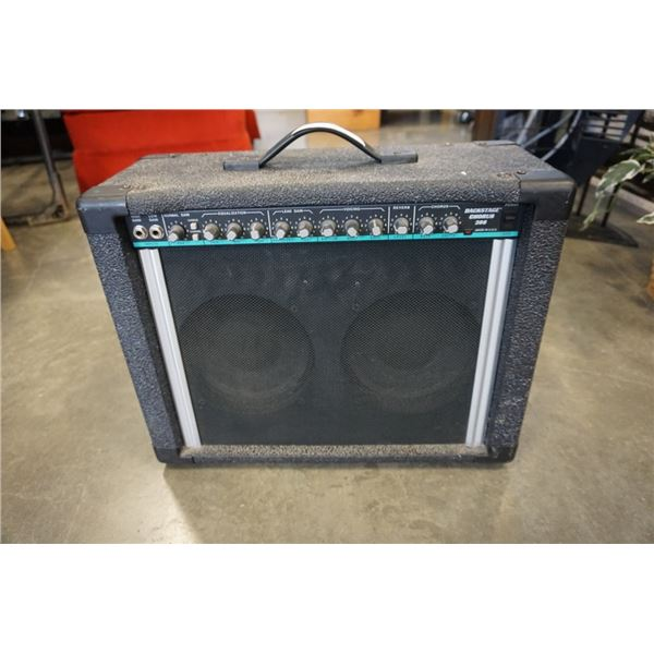 PEAVY BACKSTAGE CHORUS 208 SPEAKER WITH FOOT SWITCH