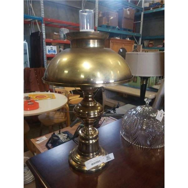 BRASS ELECTRIC TABLE LAMP