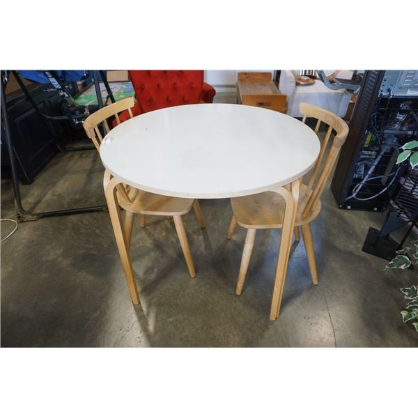 ROUND DINING TABLE WITH BENTWOOD LEGS AND 2 CHAIRS