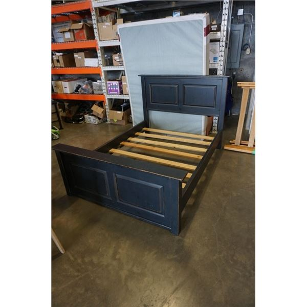 SOLID WOOD DOUBLE SIZE BED FRAME