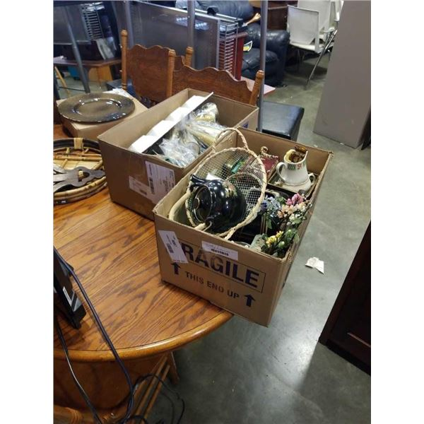 2 boxes of vintage collectibles and candles