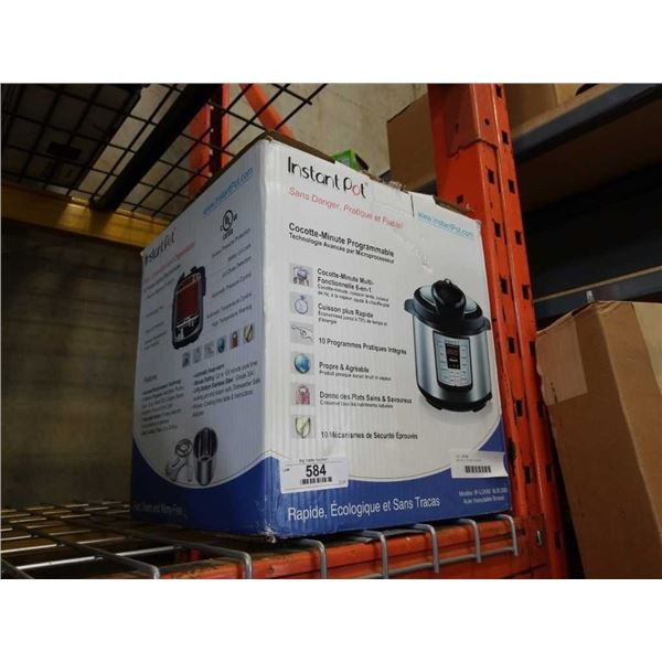 INSTAPOT COOKER IN BOX