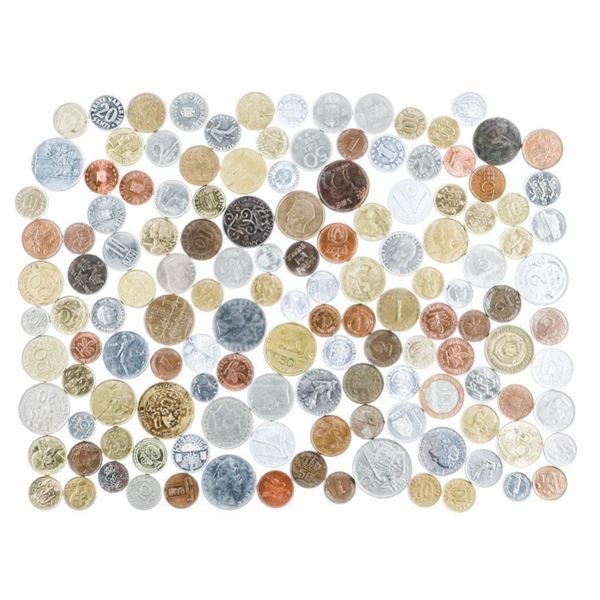 Bag World Coins, Approx (100)