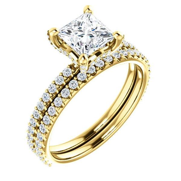Natural 2.52 CTW Halo Princess Cut Diamond Ring 18KT Yellow Gold