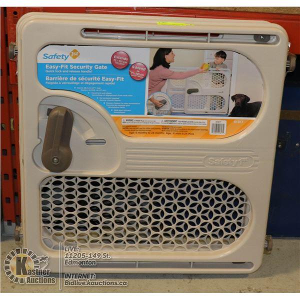 NEW DOREL EASY FIT CHILD / PET GATE