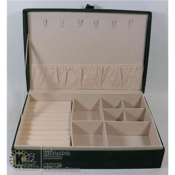 NEW VELVET JEWELRY BOX (28CM X 19CM X 7CM)