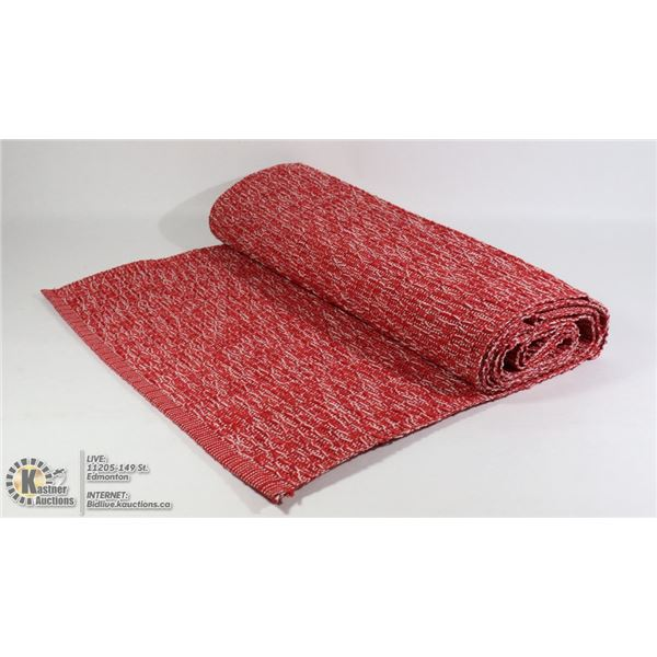 100% COTTON TWEED WOVEN TABLE RUNNER