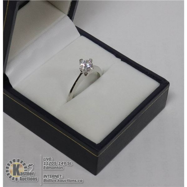 SILVER CUBIC SOLITAIRE RING APPROX SIZE 7