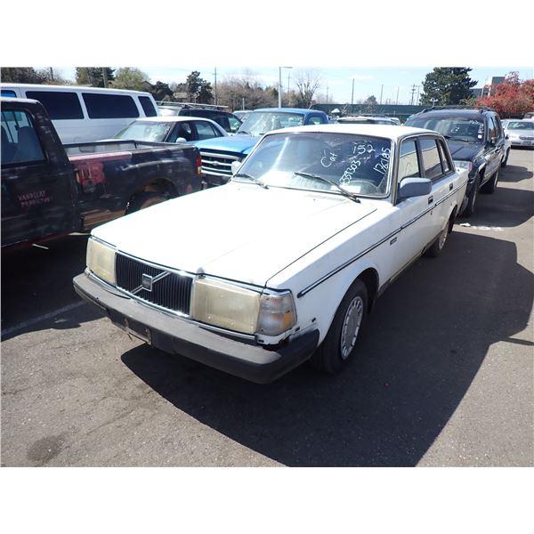 1989 Volvo 244