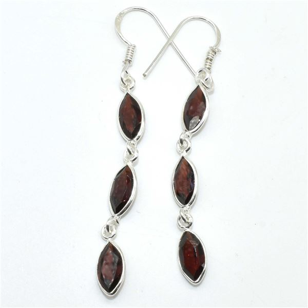 SILVER GARNET(3.3CT) EARRINGS