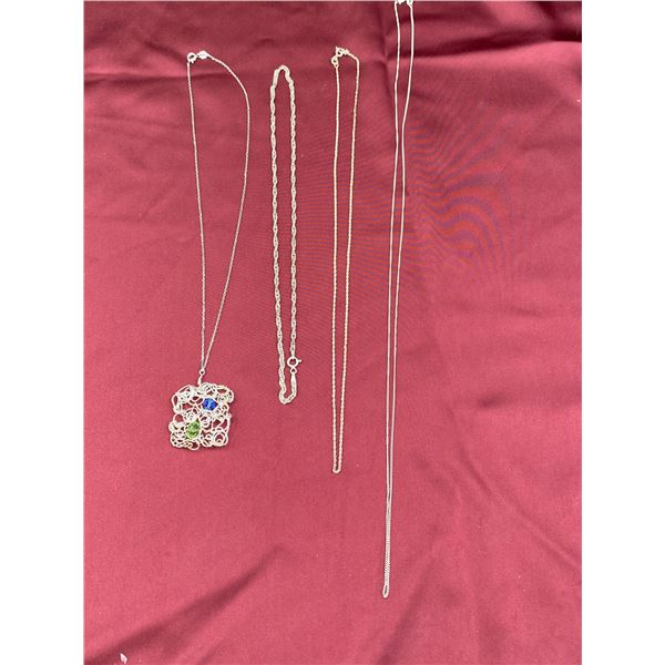 4 ASSORTED SIZE .925 SILCER CHAINS AND WIRE PENDANT
