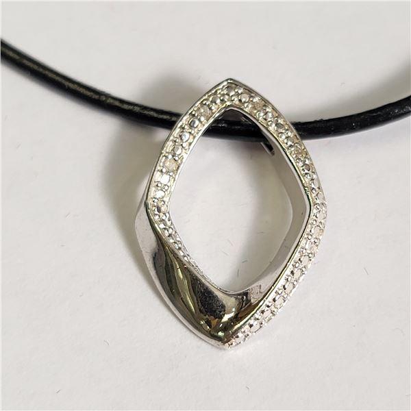 SILVER DIAMOND NECKLACE
