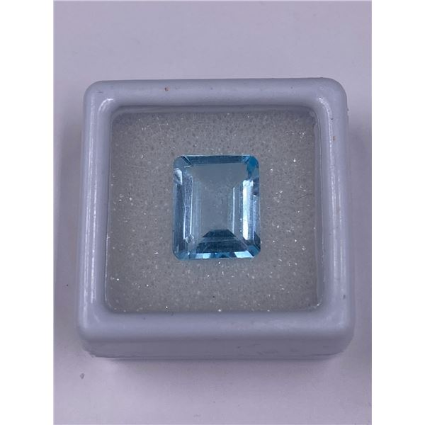 EXCEPTIONAL BLUE TOPAZ 5.70CT, 11.89 X 9.62 X 4.98MM, SKY BLUE COLOUR, EMERALD CUT, CLARITY VVS,