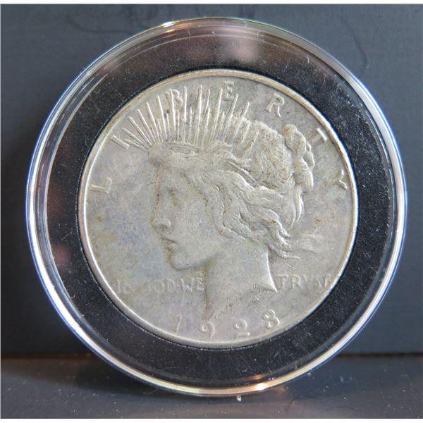 1928 Peace Silver Dollar w/ Clear Case