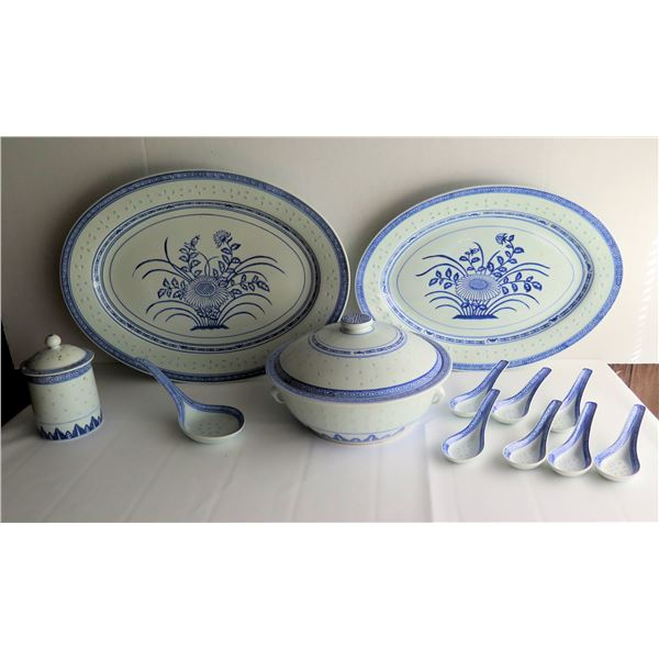 Qty 12 Chinese Ceramic Serving Platters, Lidded Bowl & Spoons, Blue & White