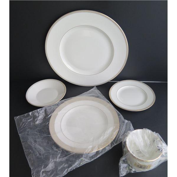 Qty 5 Wedgewood Dinnerware, Vera Wang, Bone China, White w/Gilt Trim