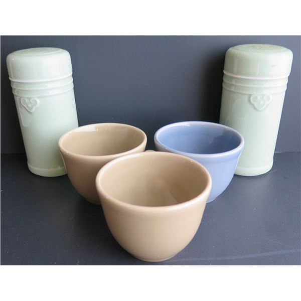 Qty 5 Ceramic Teacups (Williams & Sonoma) & Lidded Cups (Chinese)
