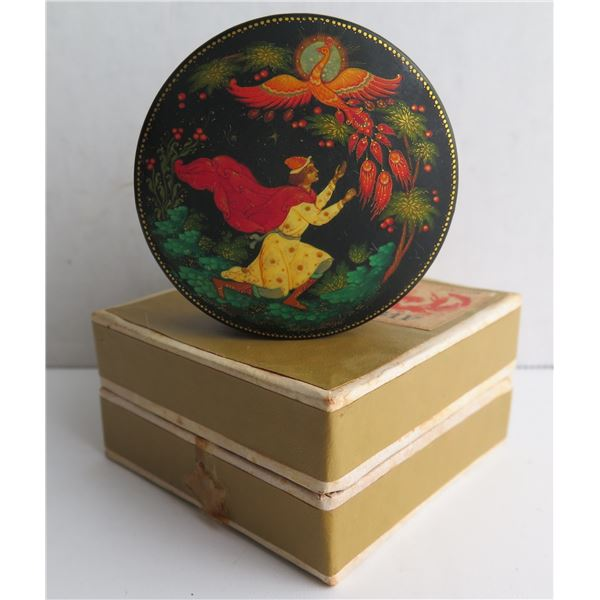 """Russian Lacquered Trinket Box, Round Hand Painted Signed 3"""" Dia"""