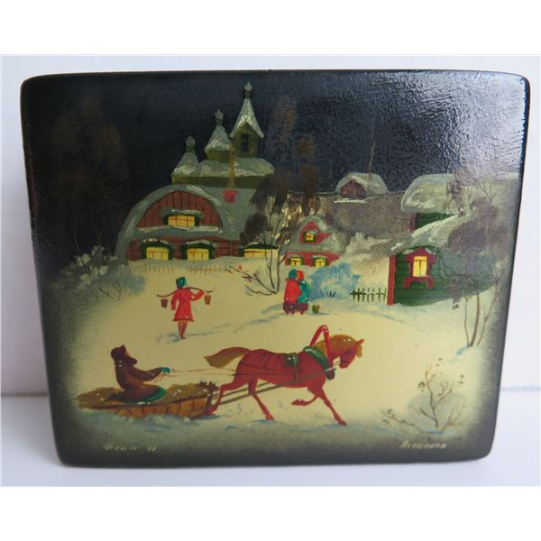 """Russian Lacquered Trinket Box, Rectangular Hinged Lid Hand Painted w/ Authentication 4""""W"""