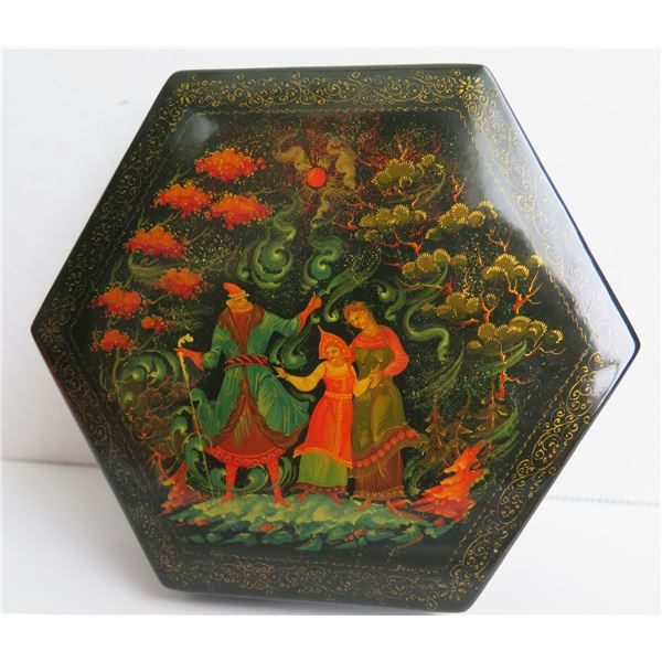 """Russian Lacquer Jewelry Box, Hexagon Hand Painted Signed 5"""" W"""