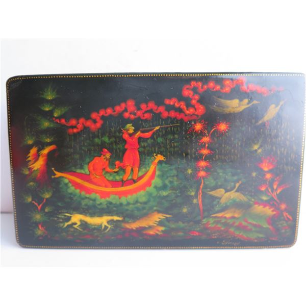 """Russian Lacquer Jewelry Box, Rectangular Hinged Lid Hand Painted Signed 4""""x 6.5"""""""