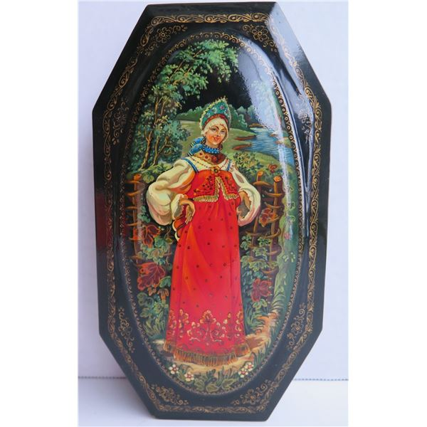 """Russian Lacquer Jewelry Box, Octangular Hinged Lid Hand Painted Signed 1.5""""x 8"""""""