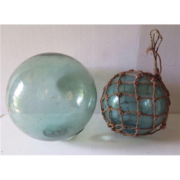 "Qty 2 Vintage Glass Japanese Fishing Floats, 1 w/Net (10"" dia & 7"" dia)"