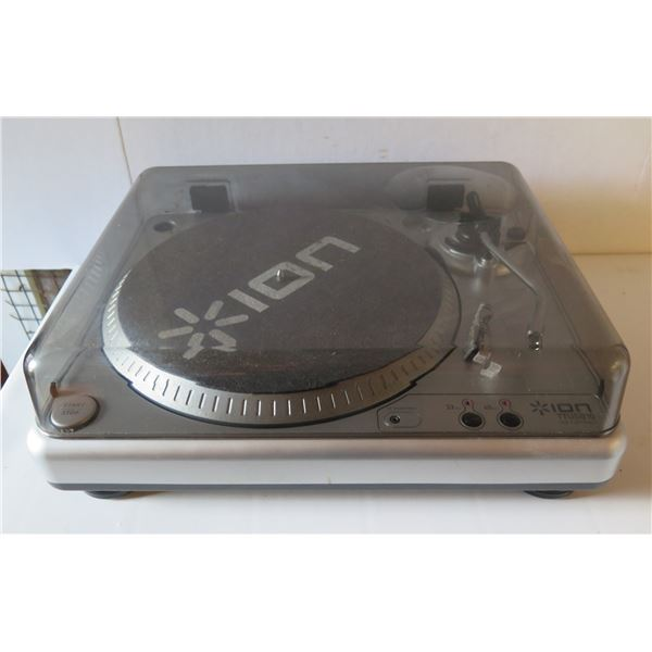 Ion Audio TTUSB10 Vinyl Recording USB Turntable