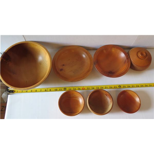 Qty 7 Turned Wooden Bowls, Misc Sizes  New Zealand  Kauri  Signed