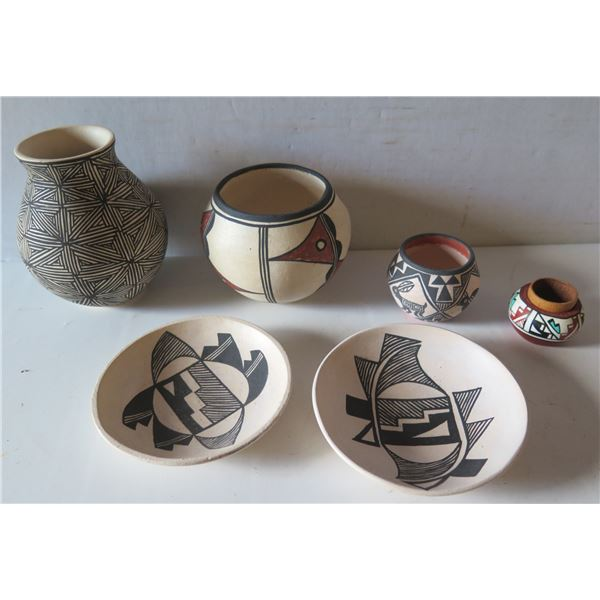 Qty 6 Native American Indian Acoma Pueblo Clay Vase, Bowls & Plates Signed by Artists