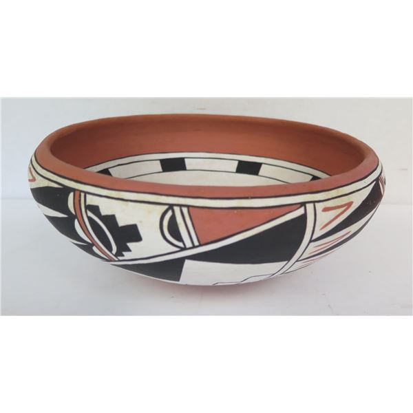 "Native American Indian Sandia Pueblo Clay Bowl, Signed John Montoya 10"" Dia"