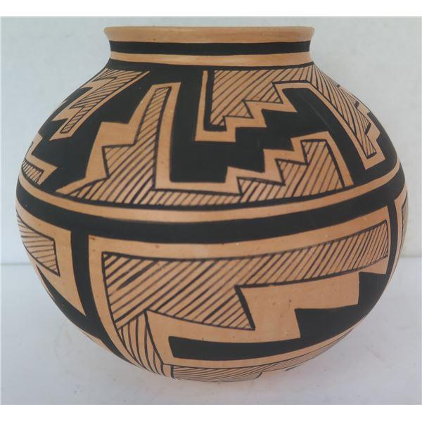 "Native American Indian Tesuque Pueblo Clay Bowl, Signed KaWeen 7"" Tall"