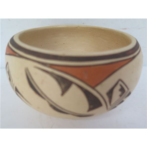 """Native American Indian Clay Bowl, Black/White Geometric Signed Effie 2.5"""" Tall"""