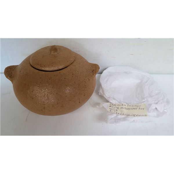 "Native American Indian San Juan Pueblo Pot w/Lid, Signed Carnation Sockwood 4.5"" Tall"