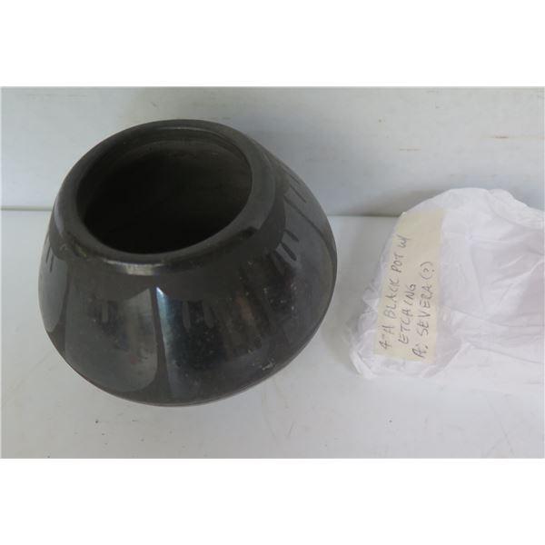 "Native American Indian Santa Clara Pueblo Clay Pot w/ Etching, Black Signed Severa 3.5"" Tall"