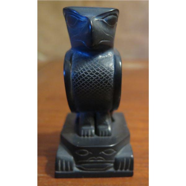 "Stone Carved Bird, Black Signed Tom Hans 3"" Tall"