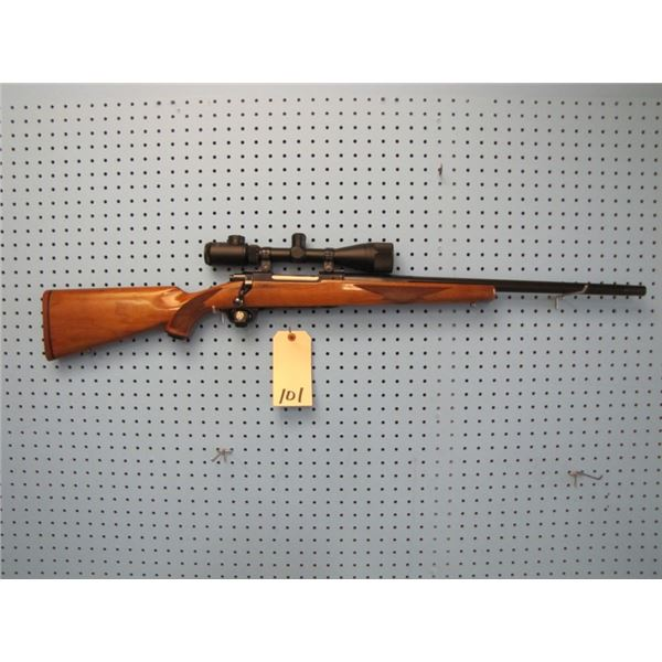 Ruger M77, bolt action, 25-06, heavy fluted barrel, floor plate, Fitco 3-12 x 40 lited reticle scope