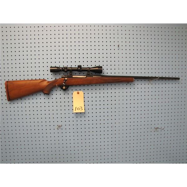 Ruger M77, bolt action, 25-06, floor plate, Lyman 3-9x 40 lited scope, Made in the 200th year of Ame