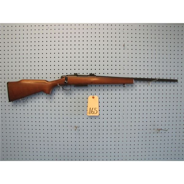 Remington Model 788, bolt action, 6 mm Remington, clip, scope bases, Walnut stock