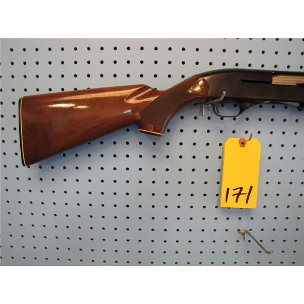 Winchester model 1500 XTR, semi-automatic, 20 gauge 2 and 3/4, vent rib